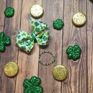 St Patrick's Day Bow and Bracelet Set